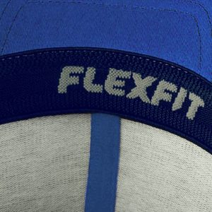 Detalle interior gorra de golf modelo tee color azul
