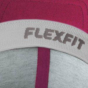 Detalle interior gorra de golf modelo tee color fucsia