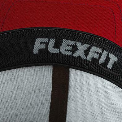 Detalle interior gorra de golf modelo tee color rojo