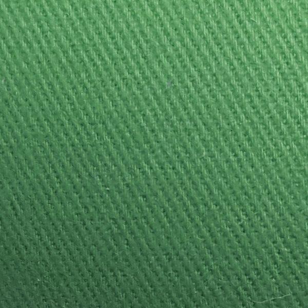 Detalle material gorra de golf modelo tee color verde