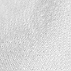 Detalle tejido bermuda de golf de hombre color blanco par