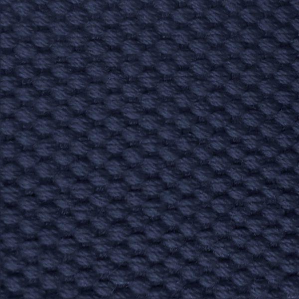 Detalle del cinturón azul marino modelo par