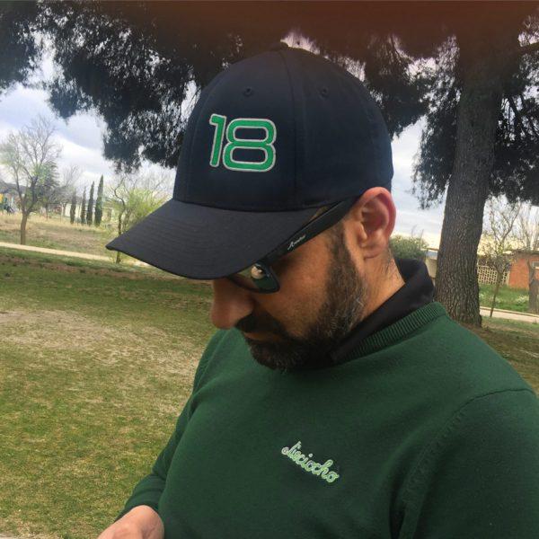 gorra de golf foursome negra