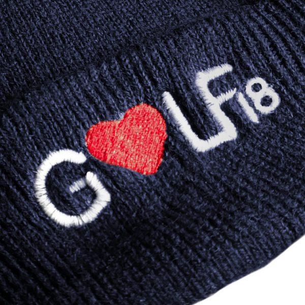 detalle-gorro-azul-love-golf-dieciocho