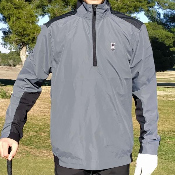 cortavientos-golf-stroke